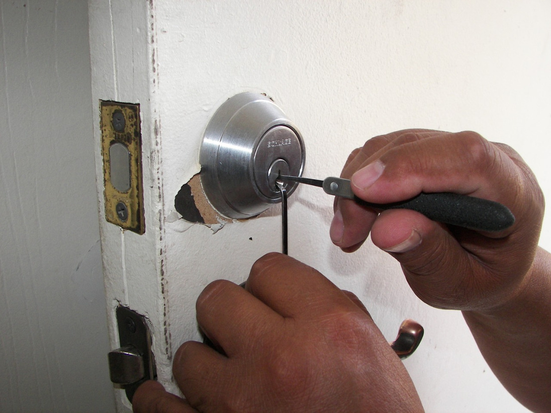 locksmith-1947387_1280(2)