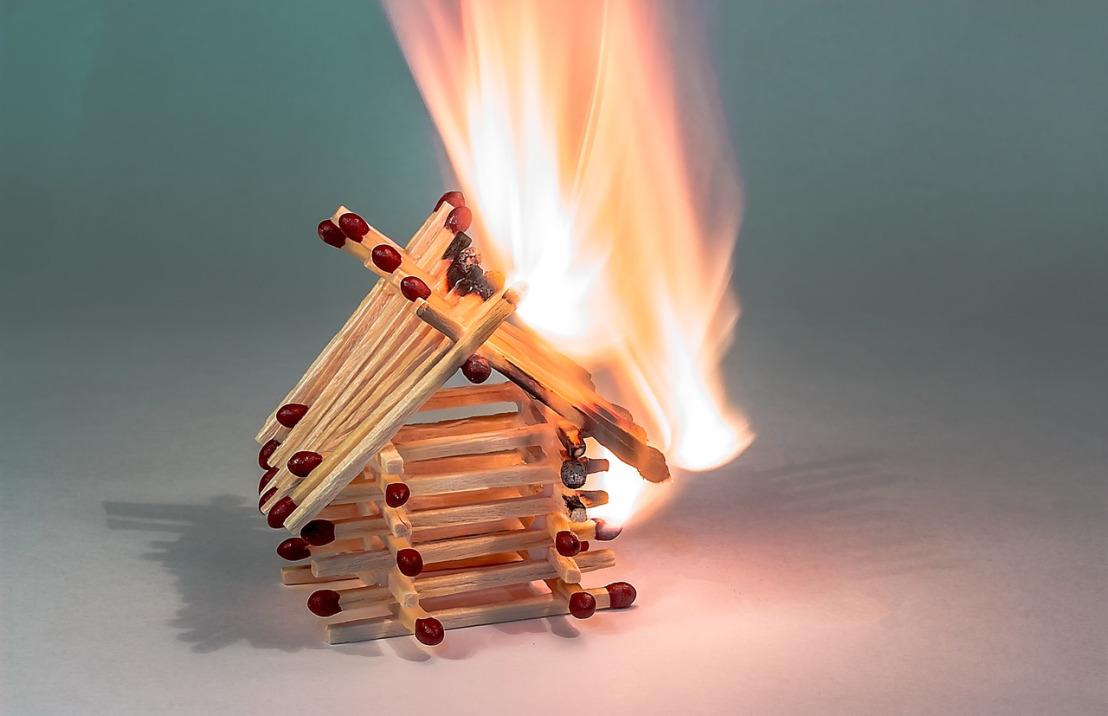 fire-2086370_1280