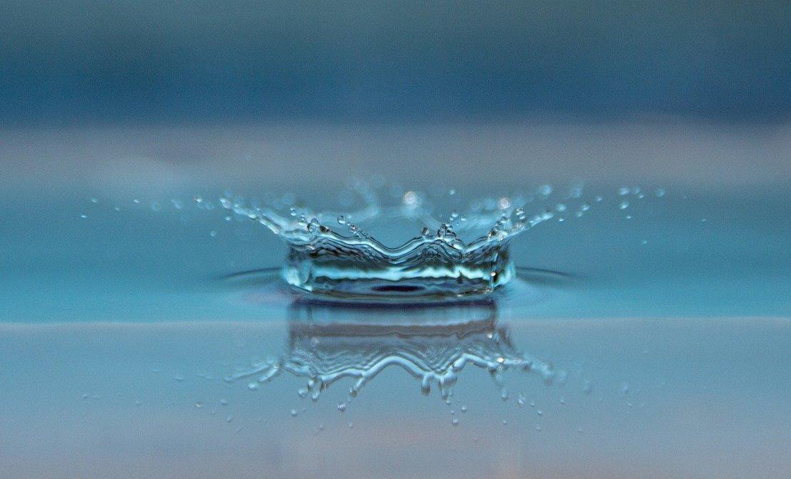 drop-of-water-545377_1280